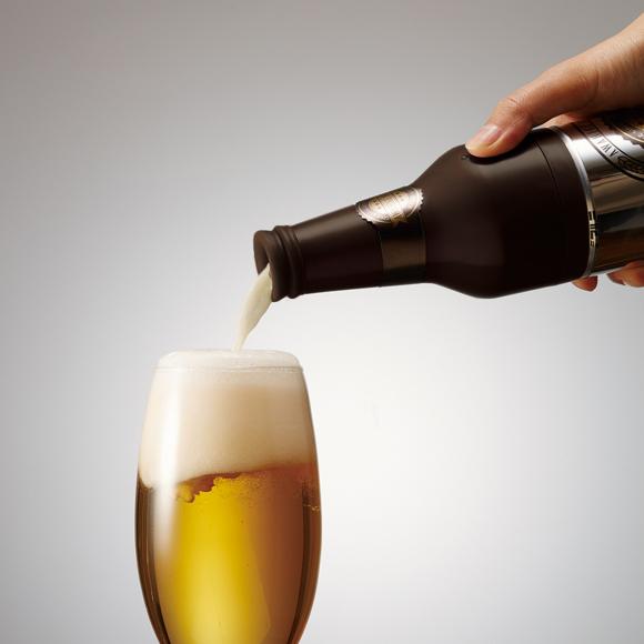 【父の日ギフトに】ビール瓶風ハンディビアサーバー