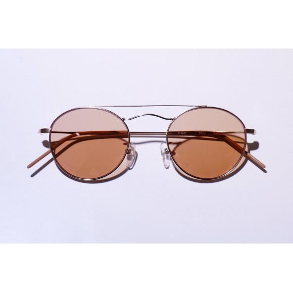 少し攻めたサングラス。propo「BELL(S)」