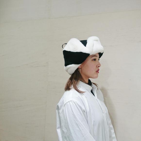 リュクス感のあるレッキスファー飛行帽