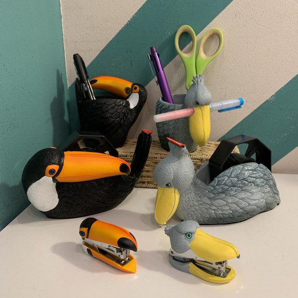 鳥アイテムでデスク周りスッキリ!