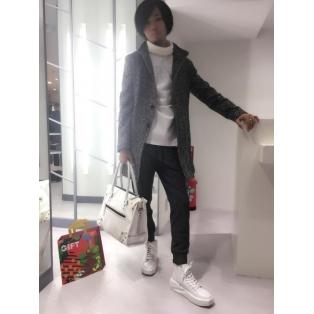 こんにちは^_^吉田です!髪戻...