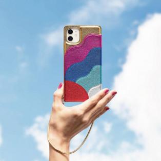 メタリック素材で晴れやかな気持ちになれるiPhoneケース