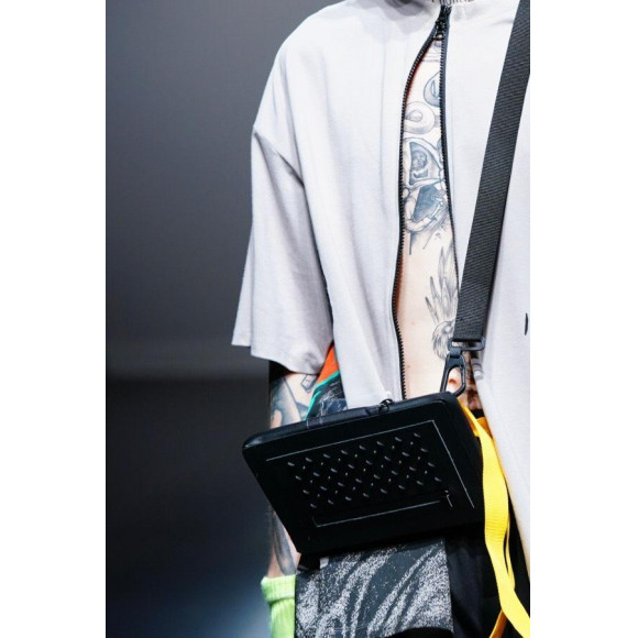 【PARADOX】ZIP T-SHIRTS