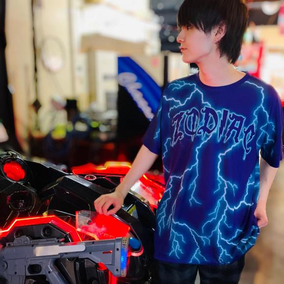 稲妻の総柄Tシャツ【ZODIAC LIGHTNING TEE】