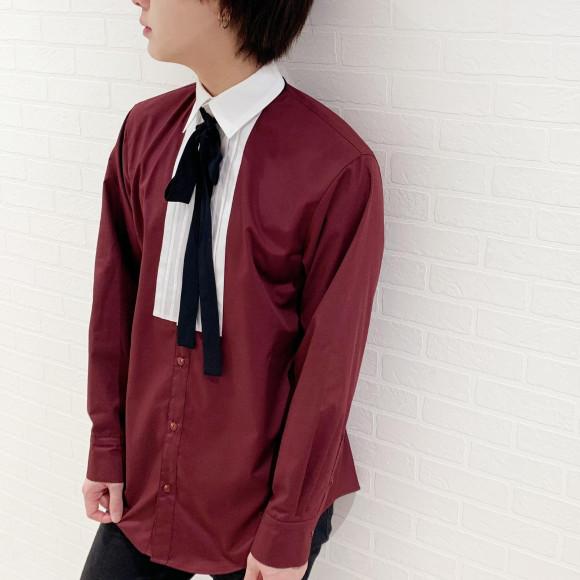 胸元のタックが高級感のあるシャツ 【TUCKED RIBBON SHIRTS】