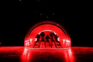 © 上山陽介/ DANCE DANCE ASIA東京公 演2018 『宇宙』 振付・演出 黄帝心仙人