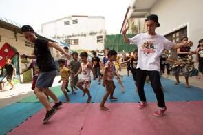 AREA ROCK STYLERと子供たちとの交流