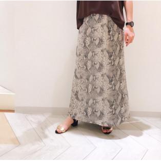★パイソン柄スカート★