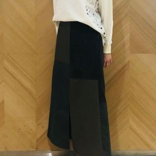 サイド星柄top&異素材使いスカート