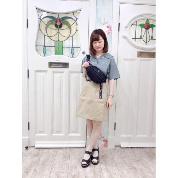 セーラー衿シャツ×ミニスカートでアクティブコーデ♡