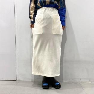 カットコールストレートスカート