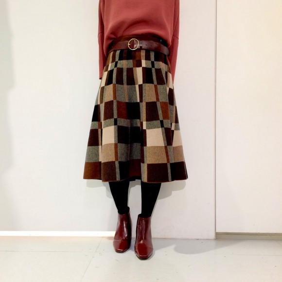 モザイクボックス柄フレアニットスカート