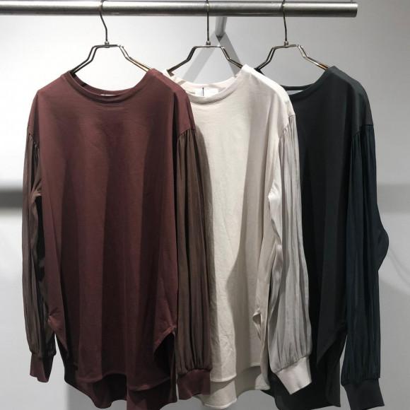 光沢袖配色カットソー