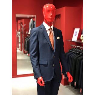 こだわり素材のスーツ!