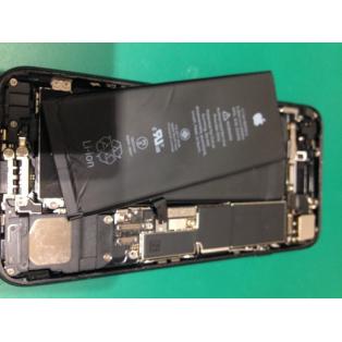 iPhone7発売してからもう1年経ちましたね。