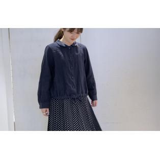 【2階 nop de nod】丸衿・スワン刺繍のリネンブラウス