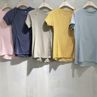 ☆カラー豊富なTシャツ☆