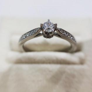 婚約指輪のキャンペーン中☆