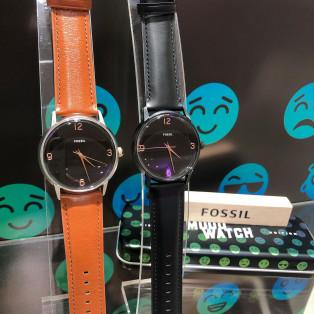 FOSSILより、ムード(温度)で変わる腕時計!