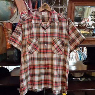J.C PENNEYの半袖タータンチェックシャツ