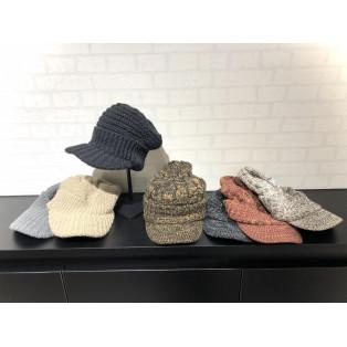 この冬人気の帽子です!