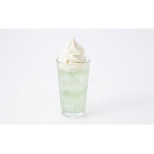 夏におすすめクリームソーダ