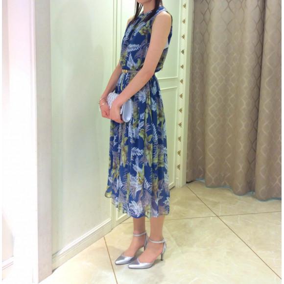 NEW☆ボタニカル柄ワンピースドレス