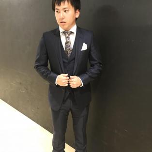 スーツのご紹介☆