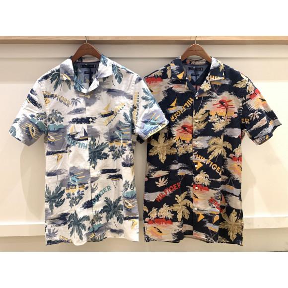 【MENS】トロピカルプリントシャツ
