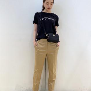【WOMENS】シグネチャーロゴTシャツ