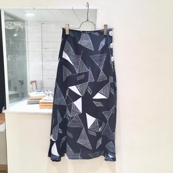 商品紹介 柄スカート《セール》