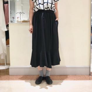 ダブルゴムフレアスカート