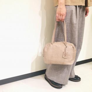 REN / leather bag