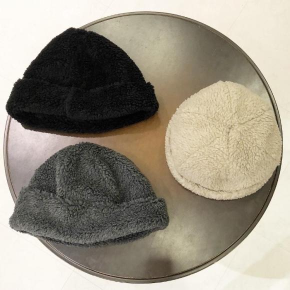 CA4LA/knit cap ..