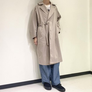 KHA:KI / BELTED WRAP TRENCH COAT