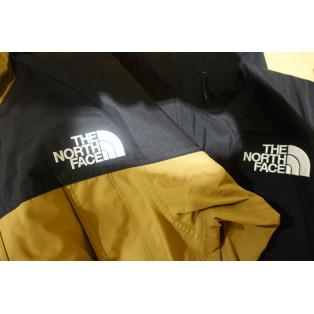 ノースフェイス マウンテンライトジャケット発売!