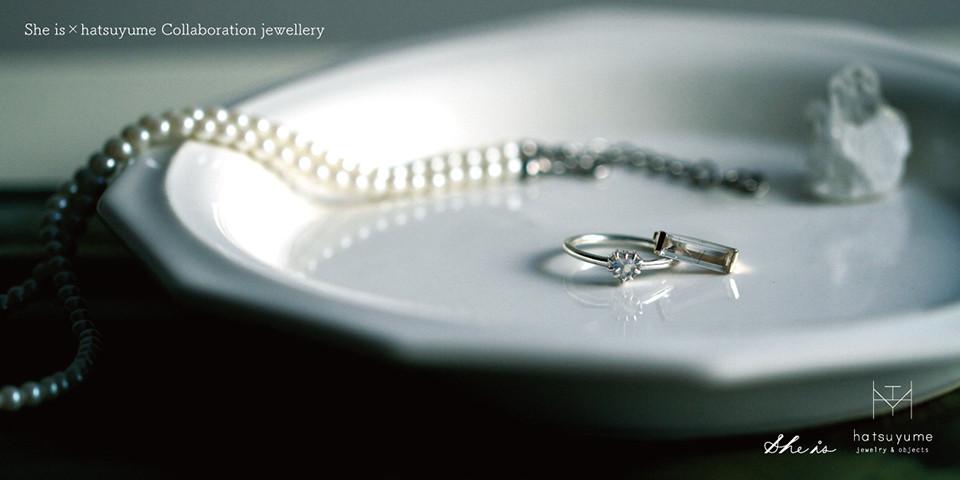 水色に輝くハートの指輪、流れ星のイヤーカフ。She is × hatsuyume のコラボジュエリー発売