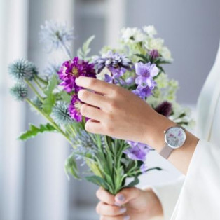 【SPICA】前田有紀さんのフラワーブランド「gui flower design」とのコラボウォッチ発売中!