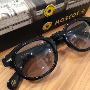 今日のサングラス 【MOSCOT】