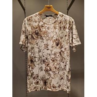 フラワープリントTシャツのご紹介です!