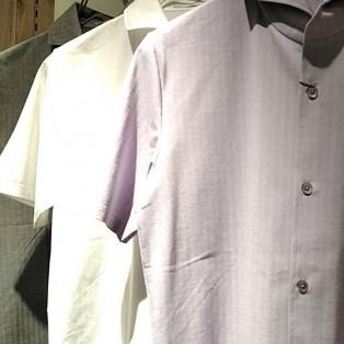 夏にピッタリな半袖シャツ♡
