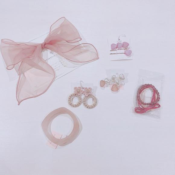 ピンクのアクセサリー♡