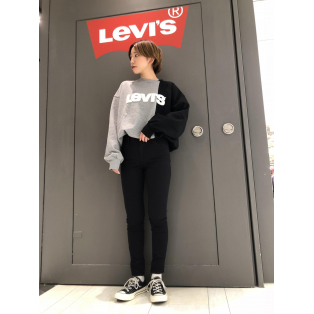 西館6F Levi's store 〜冬はブラックスキニー!!〜