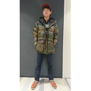 西館6F Levi's Store~冬の必需品!ダウンパーカー~