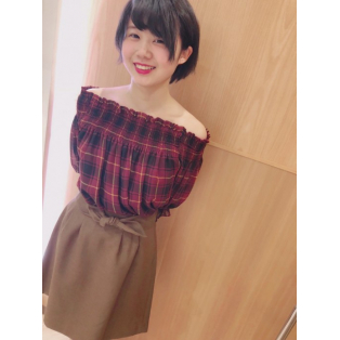 チェックブラウス&台形スカート♡