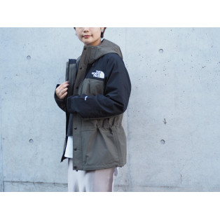 THE  NORTH FACE MOUNTAIN LIGHT JACKET ニュートープ