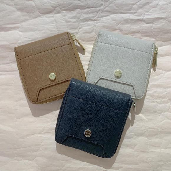 new♡二つ折り財布