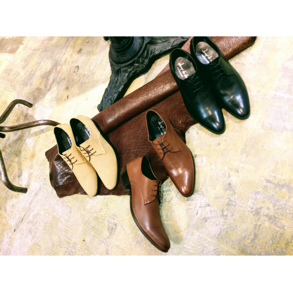 NEW ARRIVAL !!『pointed plane toe』