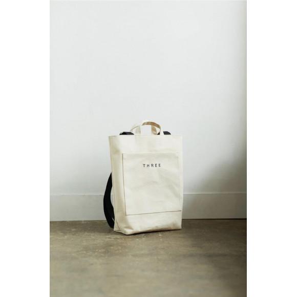 THREEのバッグをあなたに。