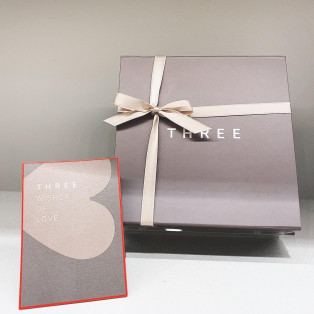 THREE WHITE DAY GIFT WRAPPING